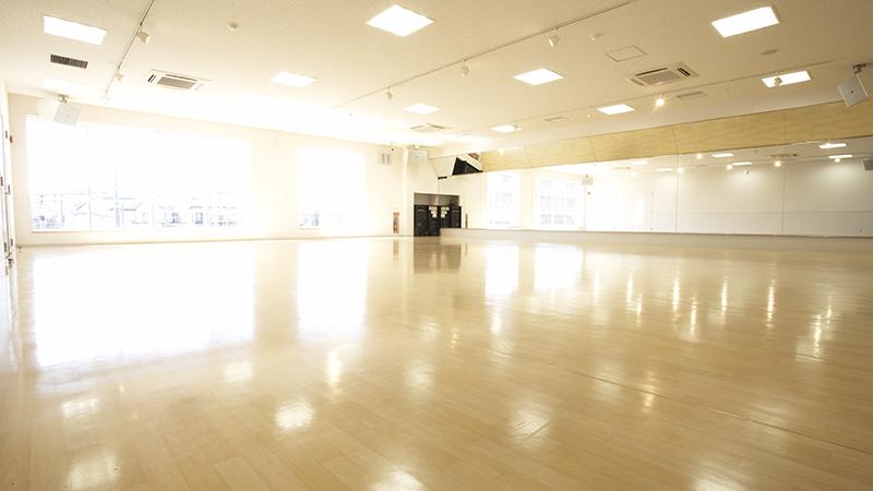 ティップネス武蔵藤沢店 スタジオ プログラム スケジュール キッズ 料金 年始年末 エステ デイタイム 祝日